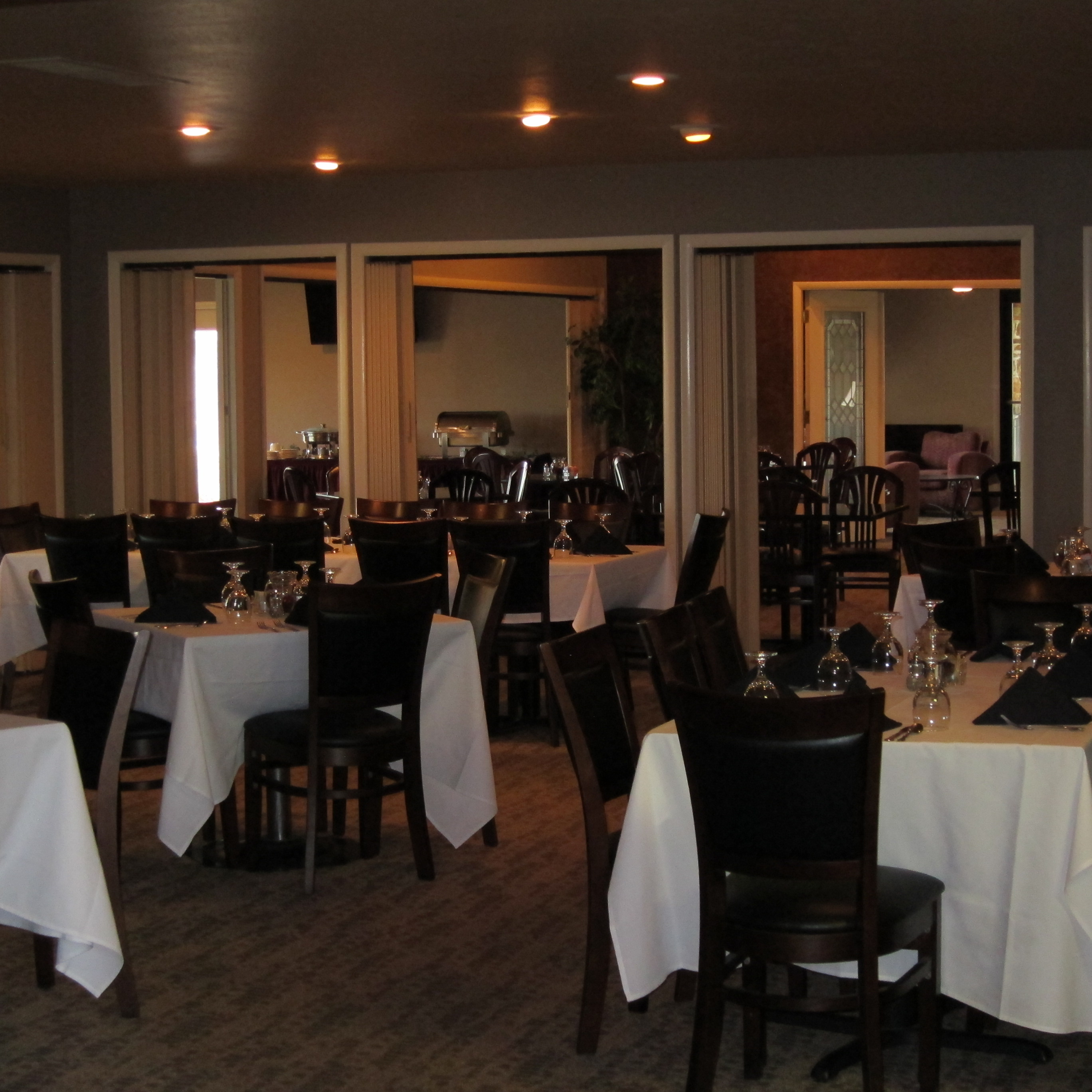 Spacious fine dining room